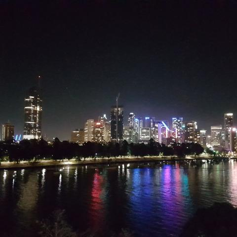 Brisbane Australia by night  Free Wallpaper