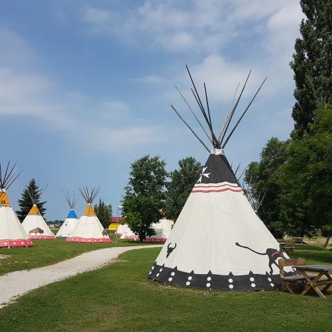 Indian Village terme Čatež - Free Download