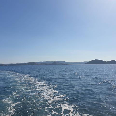 Sea & sun = Happiness