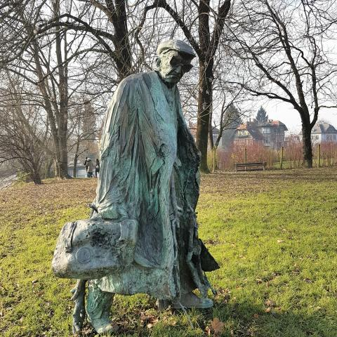The bronze statue of the writer Boris Pahor in Ljubljana