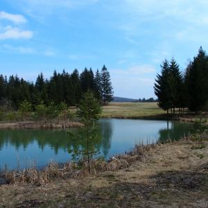 Lake Bloke - A great little lake for swimming with a small camp